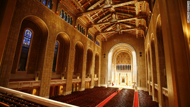 Temple Emanu-El is one of the largest Jewish temples in the world, with a sanctuary that stands 103 feet tall, 100 feet wide and 175 feet long, and seats 2,500 people.