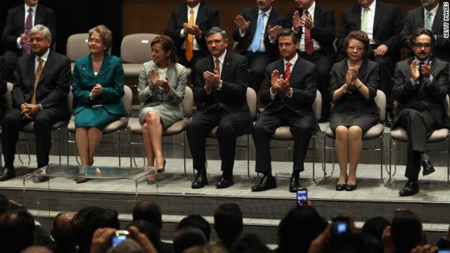 Los candidatos mexicanos firman un pacto para respetar el resultado de la elección