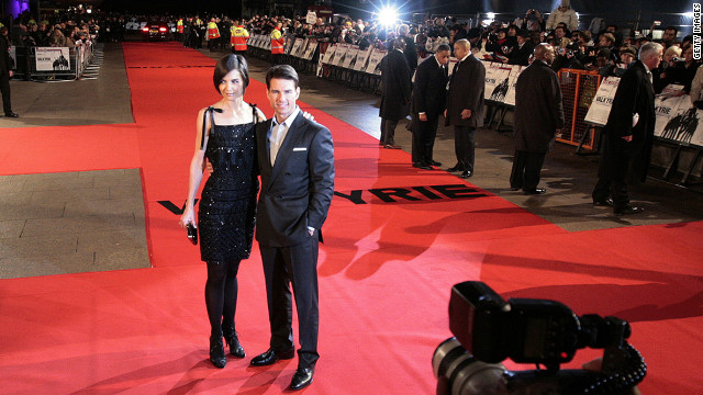 They pose for photos on the red carpet at the London premiere of his film &quot;Valkyrie&quot; in January 2009.