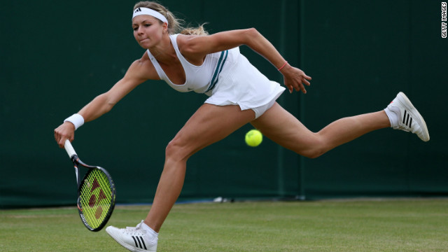Maria Kirilenko beat China's Peng Shuai to earn her second grand slam quaerterfinal appearance. The Russian will take on Polish third seed Agnieszka Radwanska, who defeated Italian qualifier Camila Giorgi.