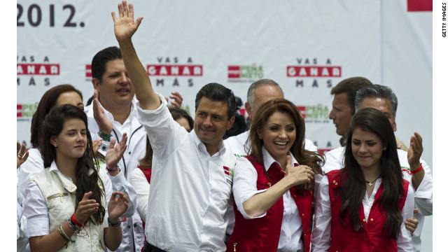Angélica Rivera protagoniza el papel de su vida como Primera Dama de México