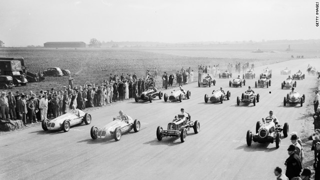 After a gap of 21 years, the British Grand Prix returned to the motor racing calendar in October 1948 at Silverstone, which had recently been built on a disused World War II airfield. 