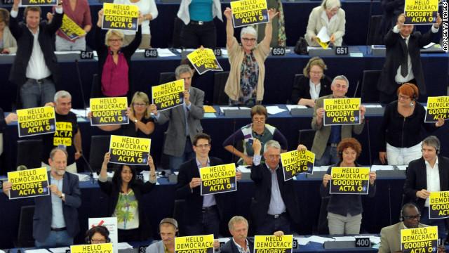 El Parlamento europeo rechaza ratificar el tratado antipiratería ACTA