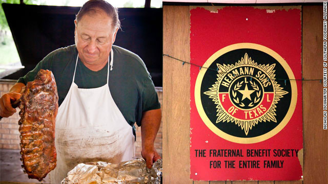 Barbecue Digest: A fraternal bond in Texas barbecue