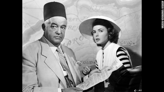 Ilsa and Victor go to see Senor Ferrari (Sydney Greenstreet) a black market dealer, to acquire exit visas.