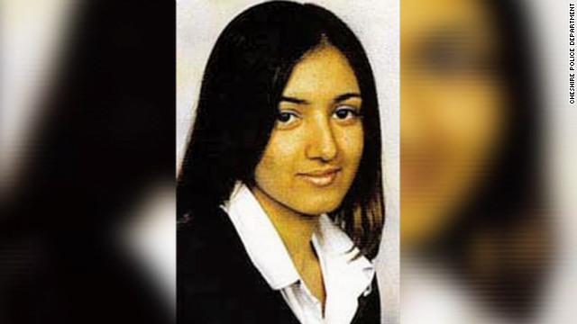 """Corte británica sentencia a padres de una joven por crimen de """"honor"""""""