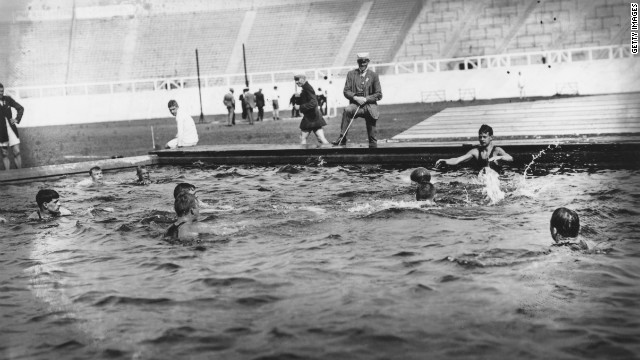 The Swedish water polo team training in London. 