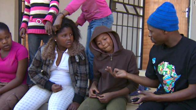 """""""Kliptown"""", la esperanza de niños sudafricanos para construir su futuro"""
