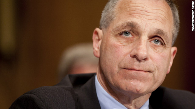 Louis Freeh was director of the FBI from September 1993 to June 2001.