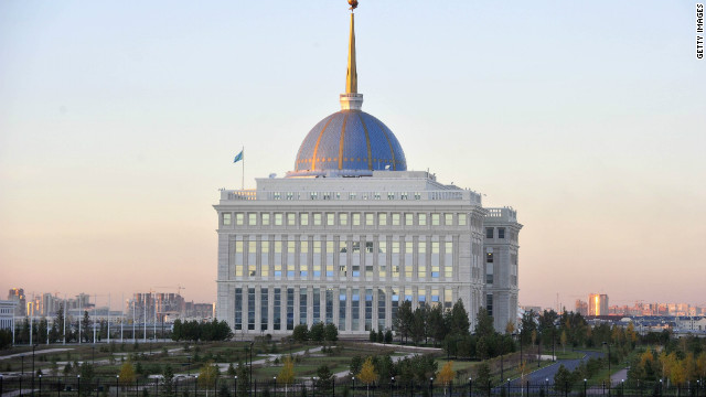 The presidential palace was designed to resemble the White House in Washington D.C.