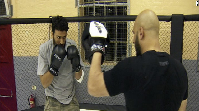 Cagefighter 'cures' terrorists
