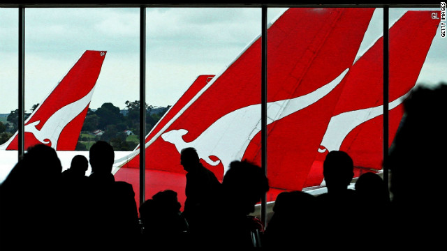 Pa<br /> 1000<br /> ssengers wait to board their Qantas flights at Melbourne Airport on October 31, 2011.