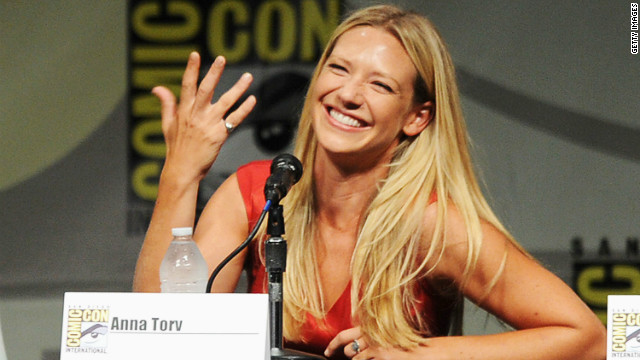 Anna Torv's sneak peek at the end of 'Fringe'