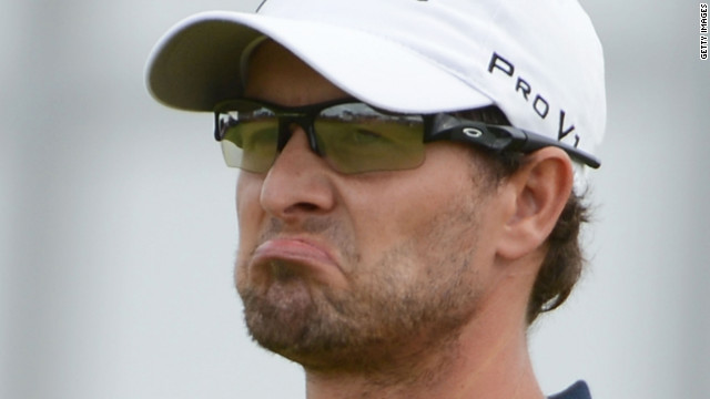 Adam Scott reacts to a bogey on the 17th green Sunday.
