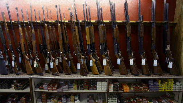 Despite online ammo bill, many Democrats still won't touch gun policy