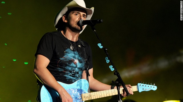 Brad Paisley being eyed for 'Idol' gig?