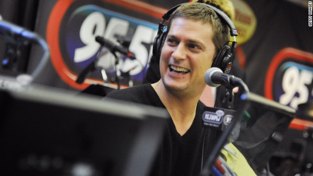 Rob Thomas joins 'The Voice' as a mentor