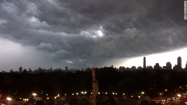 Stunning pictures arise from New York storm