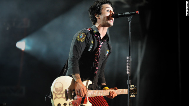 Green Day cancels show after Billie Joe Armstrong falls ill