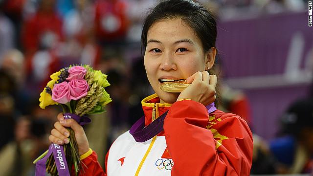La china Yi Siling gana la primera medalla de oro de los Juegos Olímpicos