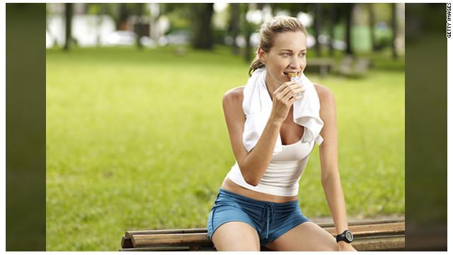 Qué comer y beber antes y después de hacer ejercicio