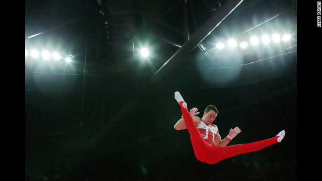 Kristian Thomas of Great Britain competes on the horizontal bar in the artistic gymnastics men's team final on Monday.