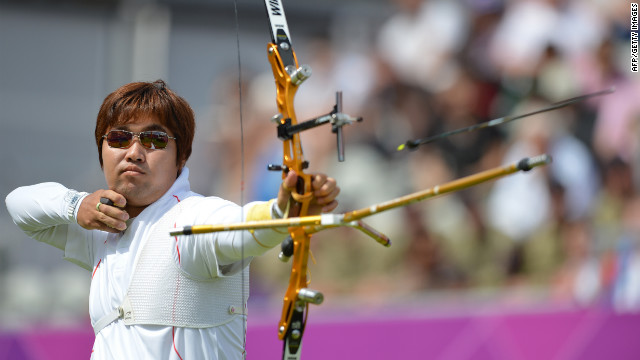 Im Dong-Hyun of South Korea competes during the men's archery individual elimination event on Monday.