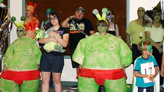 Alien geeks unite in Roswell