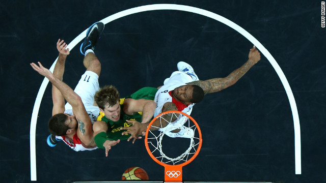 Tiago Splitter of Brazil drives to the basket in the match against Great Britain.