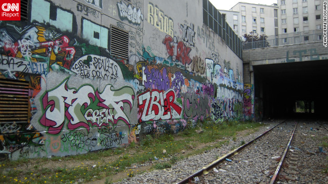 Street art in urban underpass of <a href='http://ireport.cnn.com/docs/DOC-821862'>Paris, France</a>.