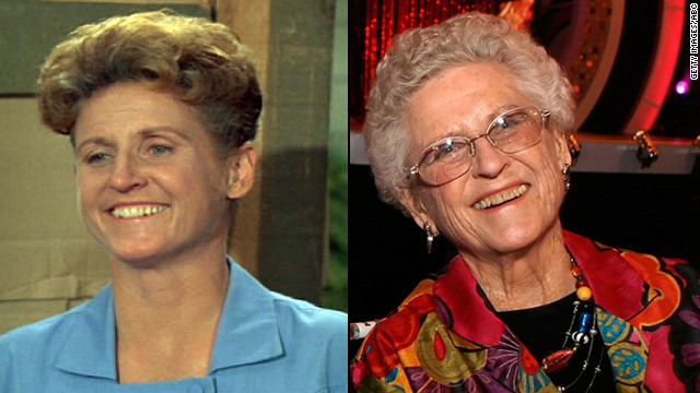 "Everyone's favorite housekeeper, Alice Nelson, was played by Ann B. Davis on the sitcom. The 86-year-old has since appeared in commercials and several stage productions. In the 1995 ""Brady Bunch"" movie, she played a truck driver, convincing a runaway Jan (Jennifer Elise Cox) to return home."