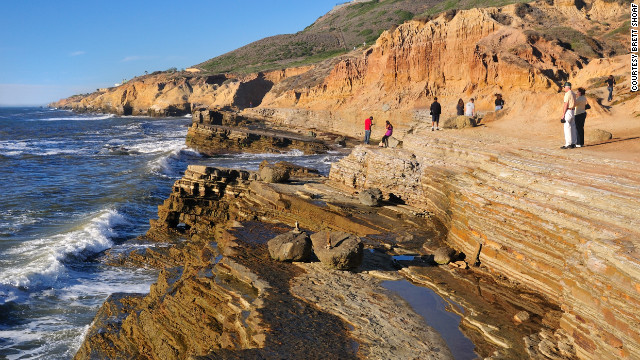 At the bottom of Sunset Cliffs, hikers can walk along the tide pools.