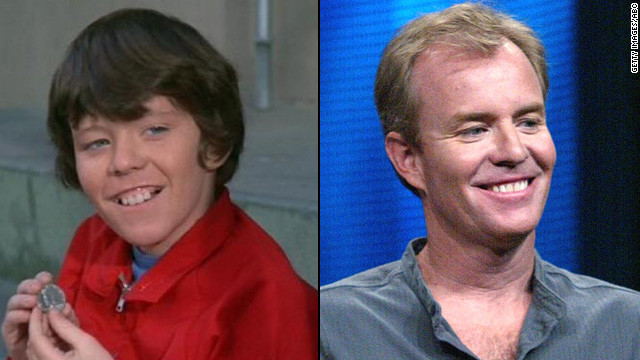 "Mike Lookinland, 51, played Bobby Brady on the sitcom. He later took a seat on the other side of the camera, working on The WB's ""Everwood"" and the ""Halloween"" franchise, as well as several lesser-known movies. Lookinland says he's been sober since his drunk driving <a href='http://www.people.com/people/archive/article/0,,20130034,00.html' target='_blank'>incident in 1997.</a>"