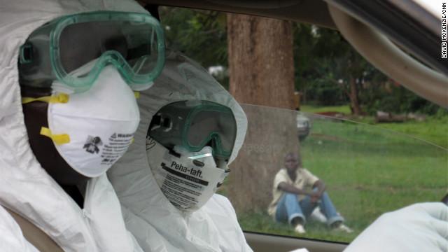 Prisionero bajo tratamiento de ébola se escapa en Uganda