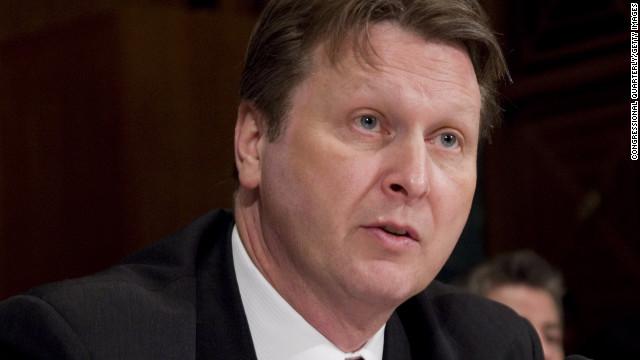 """Renuncia William Hoover de la ATF por un reporte sobre """"Rápido y Furioso"""""""