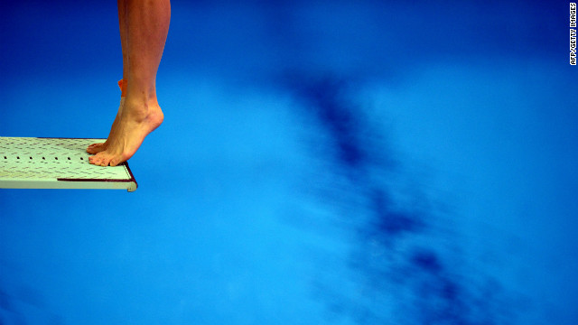China's Wu Minxia competes in the preliminary round of the women's 3-meter springboard diving event on Friday.
