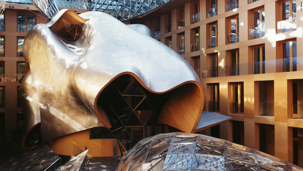 Designed by Frank O Gehry, the DZ Bank in Berlin has an inner courtyard which houses a conference room that looks more like a sculpture. 