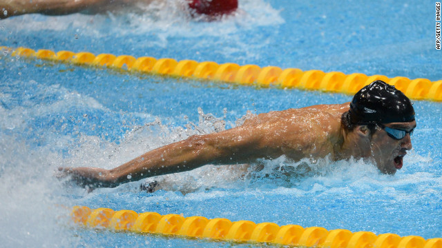 Michael Phelps competes in the men's 4x100-meter medley relay final.