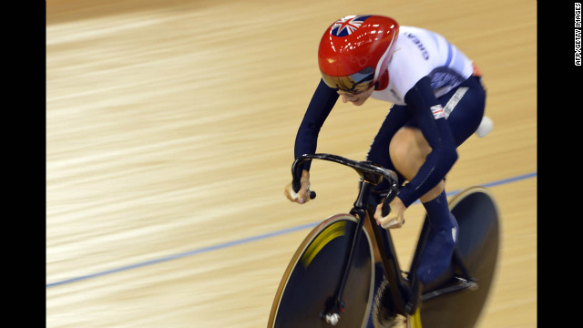 Britain's Laura Trott comp<br /> 1000<br /> etes during the women's omnium flying lap 250-meter time trial cycling event at the Velodrome in London.