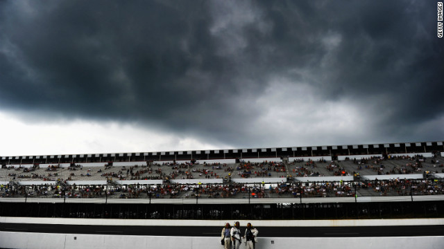 Un rayo mata a un fanático de la NASCAR