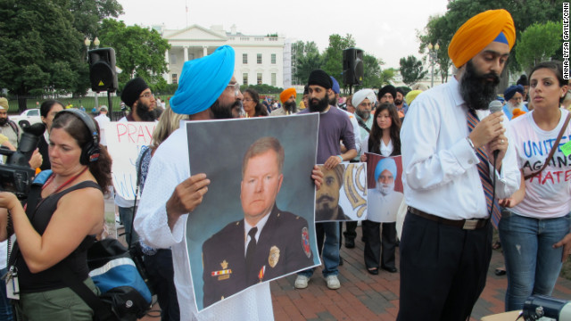 Sikhs host vigil for Wisconsin temple victims across from White House