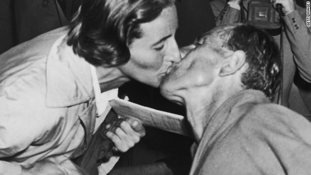 One of the most famous kisses in sports history as Zatopek was on his way to triple triumph in Helsinki and his wife Dana Zatopkova won javelin gold for Czechoslovakia.