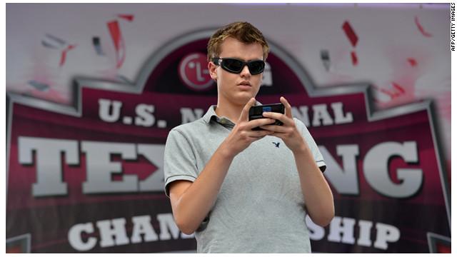 """Austin Wierschke gana 50.000 dólares por """"textear"""" más rápido que todos"""
