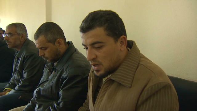 Tres niños y 10 jóvenes mueren en ataques del régimen en Siria