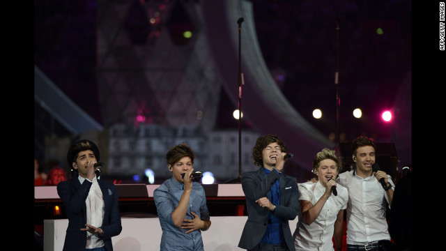 "The British pop group One Direction performs ""What Makes You Beautiful."""