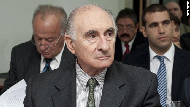 Absuelven al expresidente argentino De la Rúa en juicio por supuestos sobornos