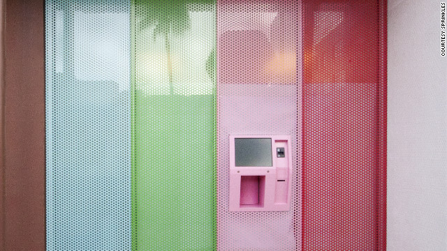 Los Angeles-based Sprinkles has installed a cupcake ATM outside its Beverly Hills location.
