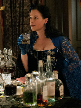 Franka Potente's character, Eva Heissen, is a madame of Eva's Paradise, a tavern and brothel in Five Points, where many of a show's characters find themselves earlier or later.
