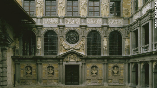The years Rubens spent studying and working in Italy as a young man influenced his design for the Italianate courtyard of his home in Antwerp.