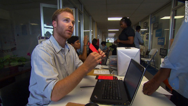 The Obama campaign is leaving nothing to chance as workers and volunteers stay busy in a campaign office in Davenport.